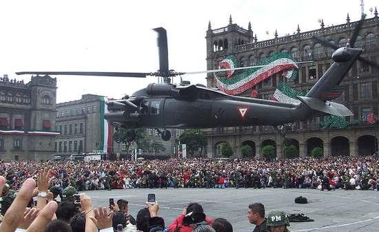 Śmigłowiec Black Hawk  UH60